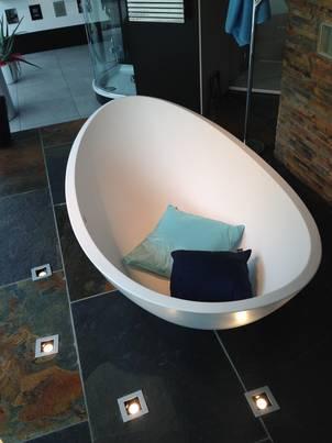 lavasca mini freistehende badewanne lavasca extra small design matteo thun acrylic solid. Black Bedroom Furniture Sets. Home Design Ideas