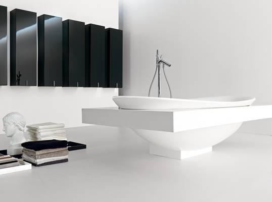 flaminia ceramica io badkollektion badewanne freistehend mit und ohne konsole waschtische. Black Bedroom Furniture Sets. Home Design Ideas
