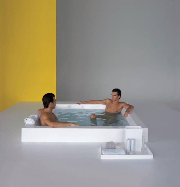 kos grande quadra step badewanne 180 mit sitzbank mit. Black Bedroom Furniture Sets. Home Design Ideas