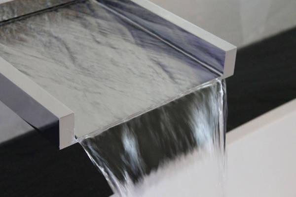 gessi privatewellness cascata f r badewanne und dusche. Black Bedroom Furniture Sets. Home Design Ideas